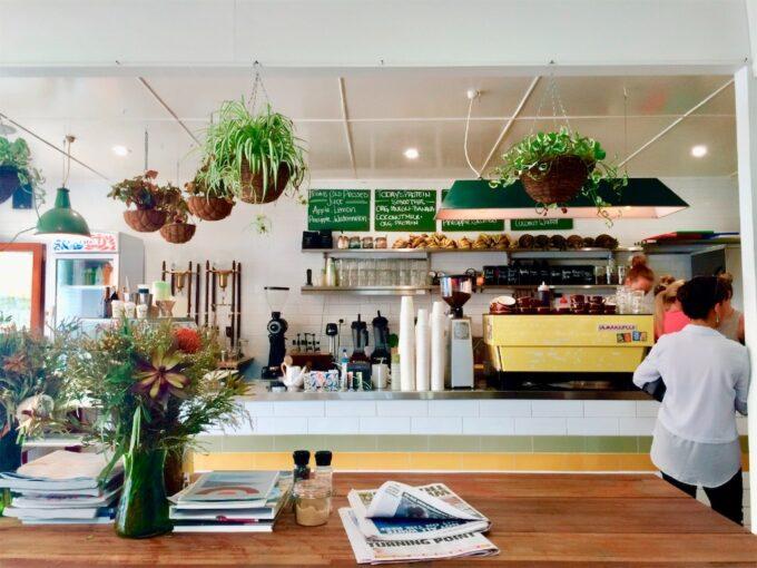 カフェの店内の写真