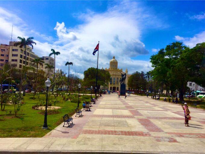 ハバナの広場