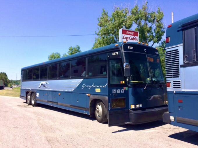 グレイハウンドのバスの外観